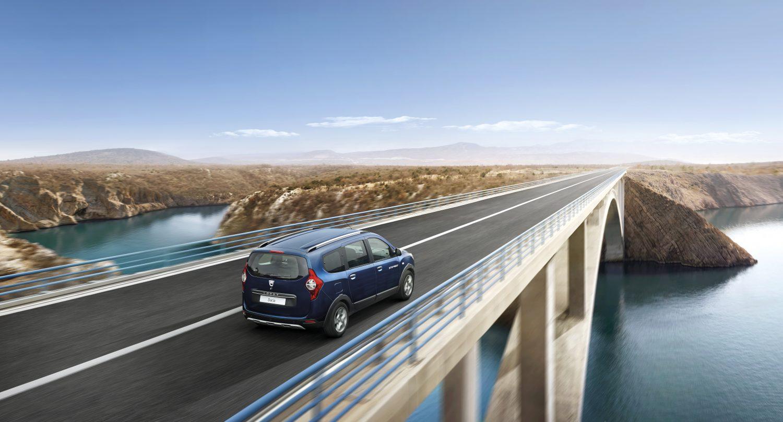 7 paikkainen auto Dacia Lodgy